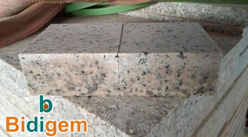 đá cubic lát sân